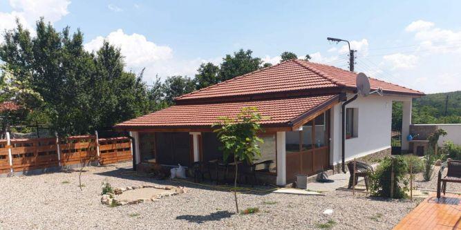 Къща Мария - Мраморно езеро