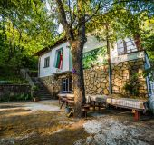 House Zdravec hut
