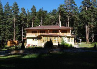 Ловна резиденция Каркария
