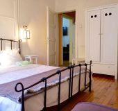 Separate room Interhost Guestrooms