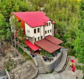 House Ustra hut