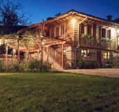 House Yovina House