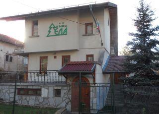 Семеен хотел Ела