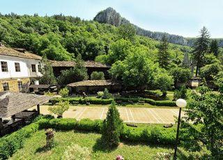 Хотел Дряновски Манастир