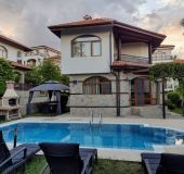 House Villa with pool