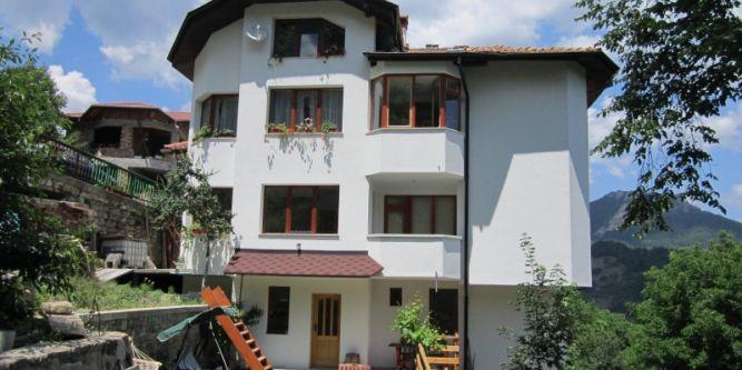 Къща Елена