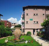 Family hotel Anele