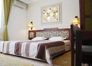 Семеен хотел Аполония
