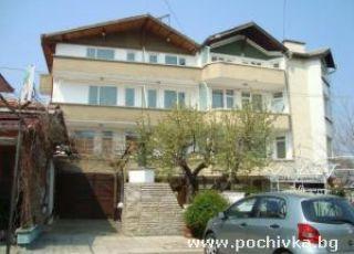 Семеен хотел Божков