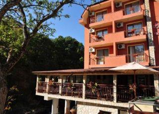 Семеен хотел Релакс