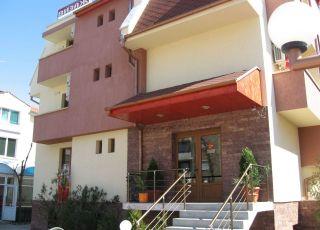 Хотел Визаж