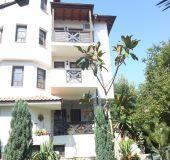 Family hotel Keremidchieva house