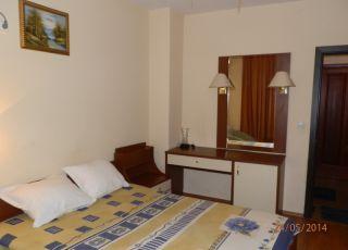 Апартамент с три стаи