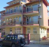 Family hotel Ivanovi