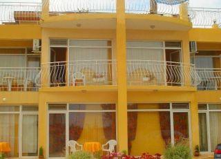 Семеен хотел Лиана