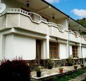 Family hotel Borikite
