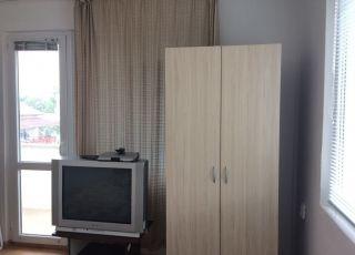 Семеен хотел Великови