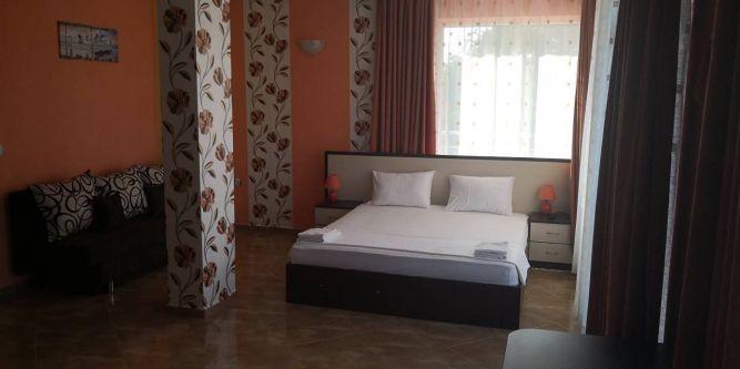Семеен хотел Свети Кирил