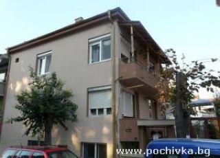 Апартамент Колеви