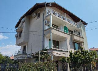 Семеен хотел Дом Попови