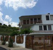 House Petrovi