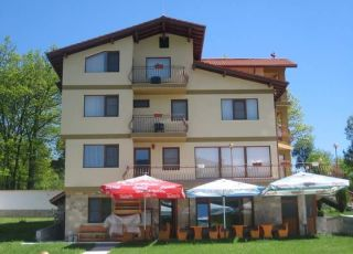Семеен хотел Цветен Рай