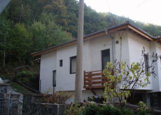 Къща Бургаска среща