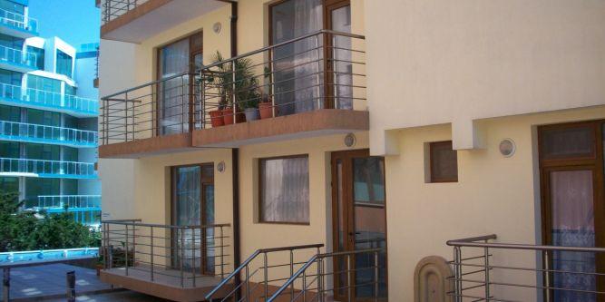 Семеен хотел Св.Валентин - Ламбри