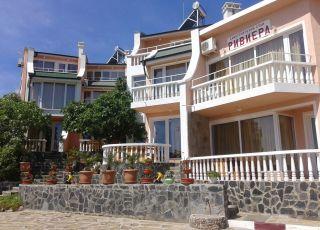Семеен хотел Ривиера