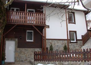 Къща Сиракови