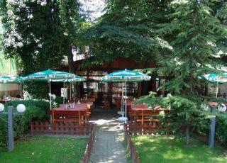Адонис, Бургас