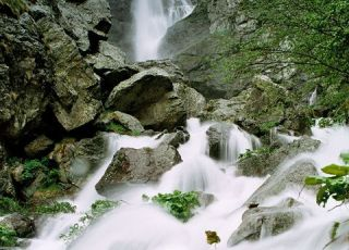 Кадемлийско пръскало (водопад)
