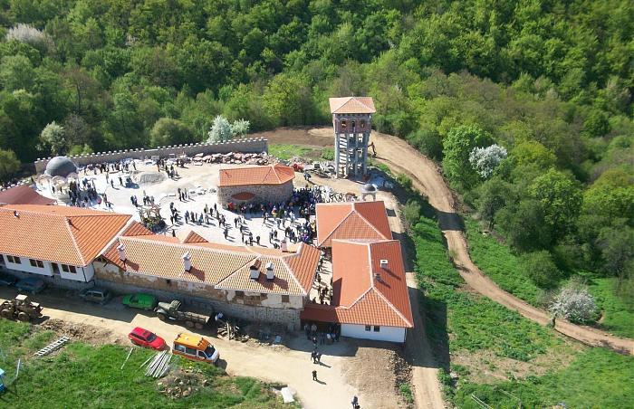 Giginski Manastir Sv Sv Kozma I Damyan Informaciya Otzivi Karta