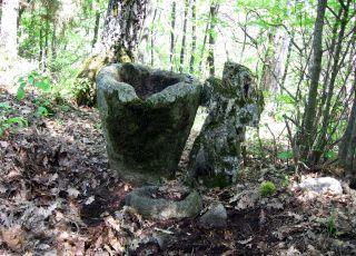 Средновековен манастир - Църварица