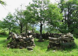 Средновековен манастир Свети Пантелеймон - Огоя