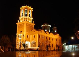 Църква Света Троица - Свищов
