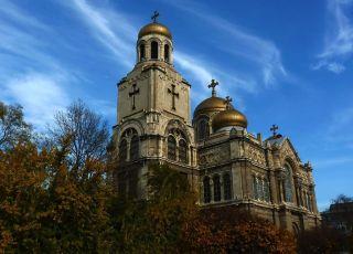 Катедрала Варна (Успение Богородично)