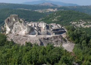 Гробът на Орфей (мегалит)
