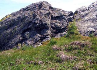 Мегалит Слънчево Светилище Палеокастро