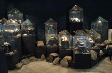 Кристална зала Родопски кристал (музей)