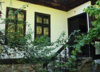 Емфиеджиева къща - музей