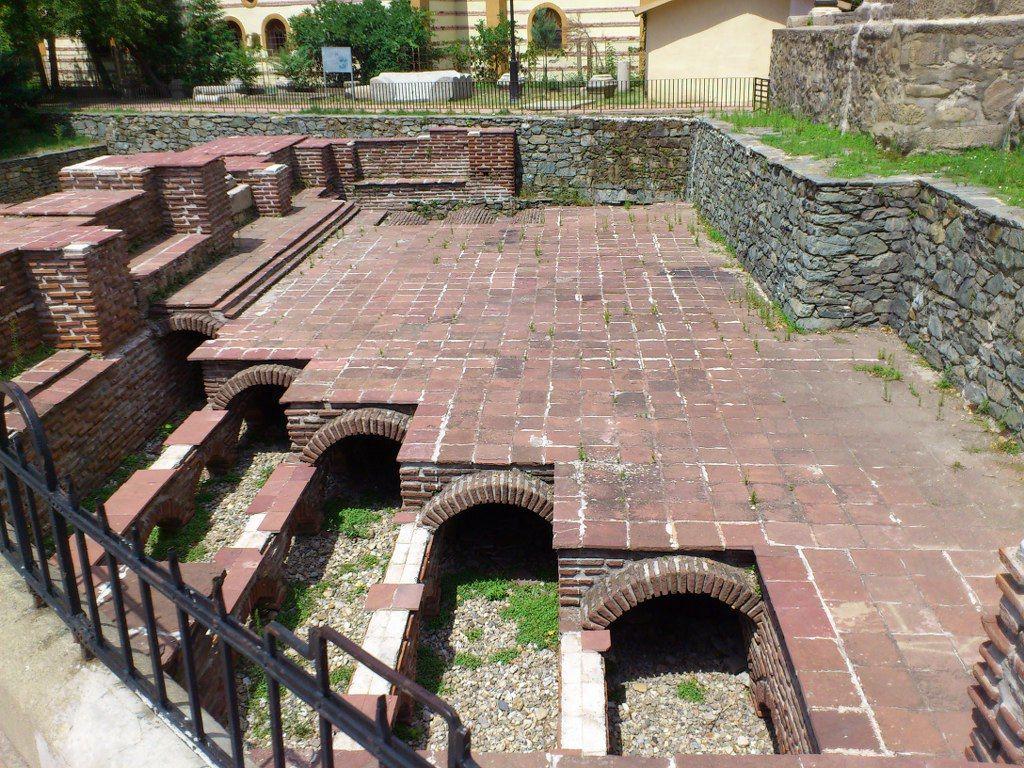 Резултат с изображение за римските терми кюстендил снимки