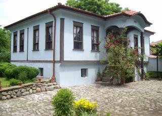 Джананова къща