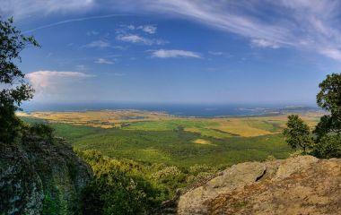 Бакърлъка (връх)