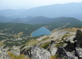 Скалишки езера