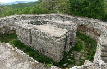 Крепост Кастра ад Монтанезиум