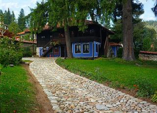 Къща-музей Димчо Дебелянов