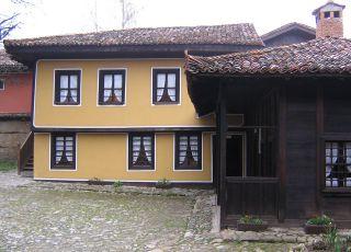 Къща на братя Каравелови