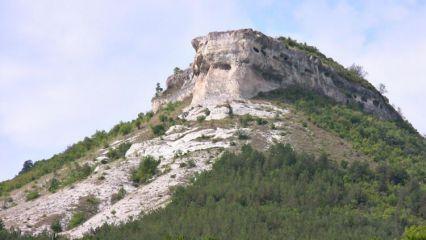Невша (скален манастир)