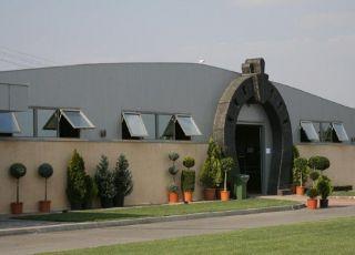 Конна база Симекс